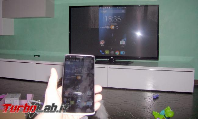Adattatore Miracast TV: prova recensione Microsoft Wireless Display Adapter