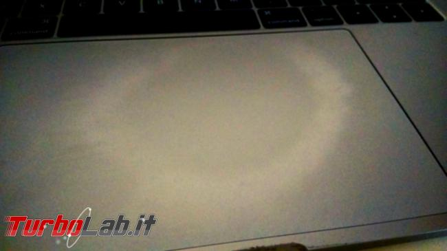 Cerchio (alone tondo) touchpad MacBook: cosa fare? - cerchio su touchpad macbook