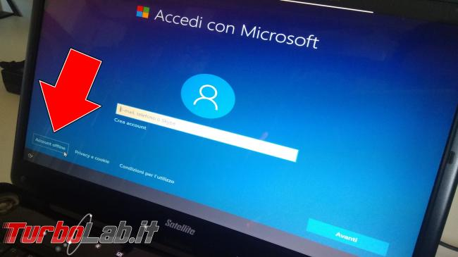 Guida: come installare Windows 10 senza account Microsoft (utente locale, offline), quando opzione non si vede - IMG_20190825_102420