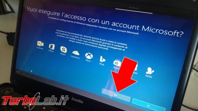 Guida: come installare Windows 10 senza account Microsoft (utente locale, offline), quando opzione non si vede - IMG_20190825_102434