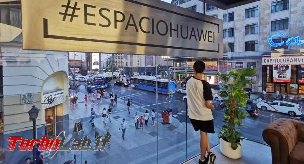 Huawei apre più grande store Europa - Annotazione 2019-07-08 075202