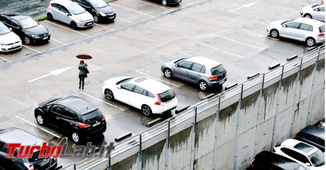 Nascondi cellulare altri dispositivi auto? ladri sanno... - FrShot_1575299993