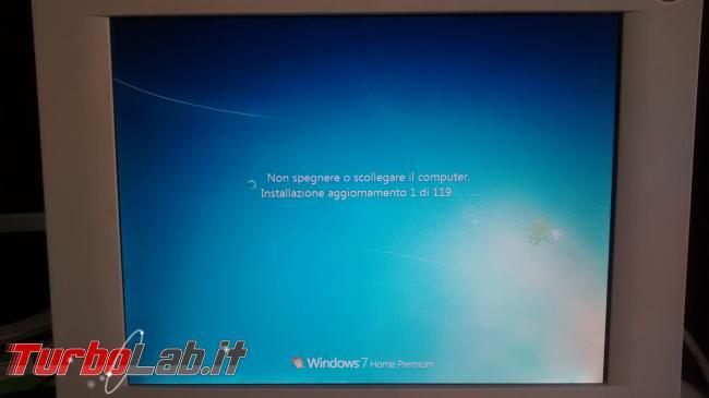 Windows Update Windows 7 Windows 8.1: stop singole patch - Tutte novità nuovo Aggiornamento cumulativo qualitativo mensile (rollup updates) - windows update installazione aggiornamento 1 di 119